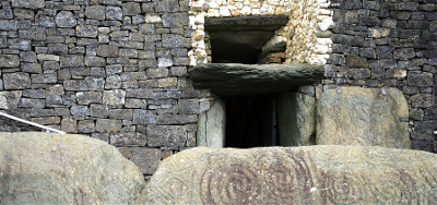 Entrance to Newgrange Passage Tomb Source:Wikimedia Commons