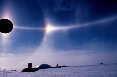 Parhelic Circle Over South Pole